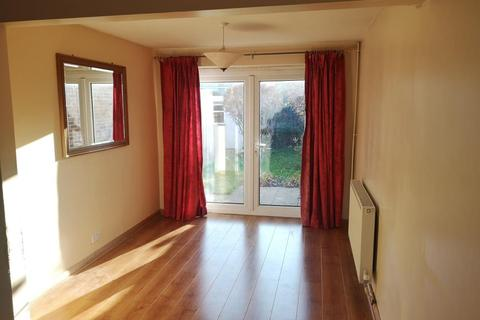 3 bedroom terraced house to rent - Meagate Avenue, Chelmsford