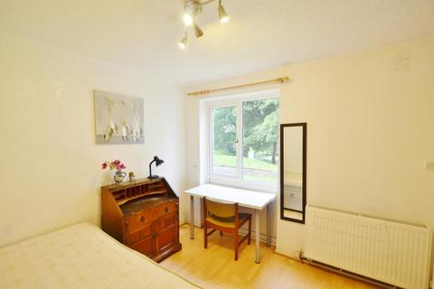 5 bedroom terraced house to rent - Leahurst Cresent, Harborne