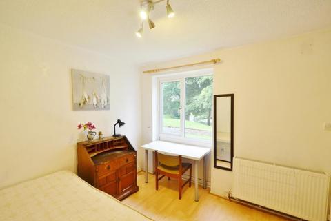 5 bedroom terraced house to rent - Leahurst Cresent, Harborne