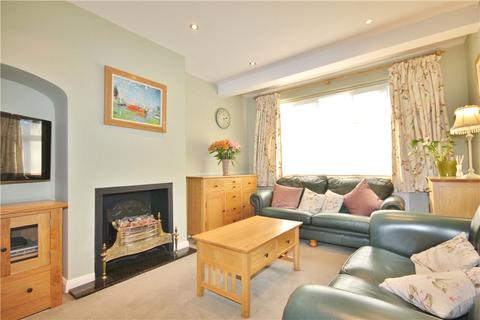 3 bedroom terraced house for sale - Wills Crescent, Whitton, Hounslow, TW3