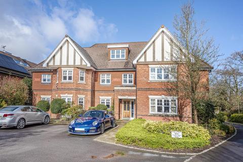 2 bedroom apartment to rent - London Road, Binfield, RG42