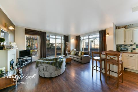 3 bedroom flat for sale - Maurer Court, John Harrison Way, London, SE10 0SX