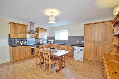 4 bedroom flat to rent - King Street, Top Floor, AB24