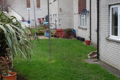 1 bedroom flat for sale - 46 SUFFOLK CLOSE, PORTHCAWL, CF36 3JR