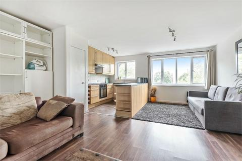 1 bedroom flat to rent - Towergate, Pages Walk, London, SE1