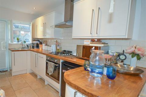 2 bedroom terraced house for sale - Walnut Tree Avenue, Dartford