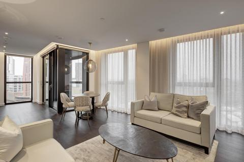 2 bedroom flat to rent - 4 Charles Clowes Walk, SW11 7AG