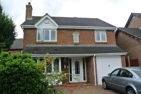 4 bedroom detached house to rent - Bluebell Close, Park Farm