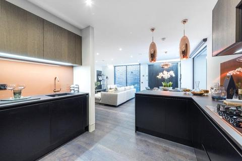 4 bedroom house for sale - Southwick Yard, Titchborne Row