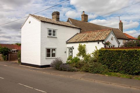 2 bedroom cottage for sale - High Street, Little Shelford, Cambridge