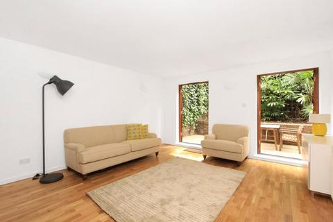 3 bedroom apartment to rent - Bluegate Mews, 228 Cable Street, Shadwell, London, E1