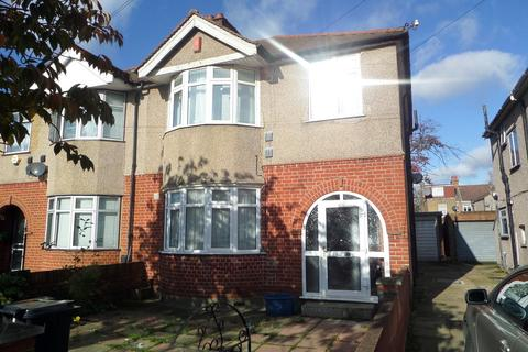 3 bedroom detached house to rent - Three bedroom House-Hounslow West, Cambridge Close