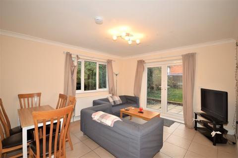 5 bedroom detached house to rent - Bengal Road, Winton