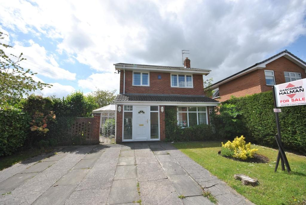 4 Bedrooms Detached House for sale in Mallard Crescent, Poynton