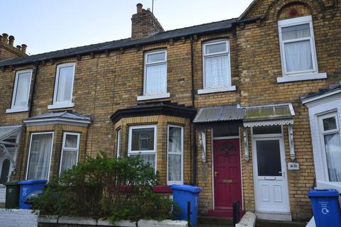 3 bedroom townhouse to rent - Gordon Street, Scarborough