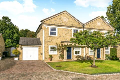 3 bedroom terraced house to rent - Orkney Court, Taplow, Buckinghamshire, SL6