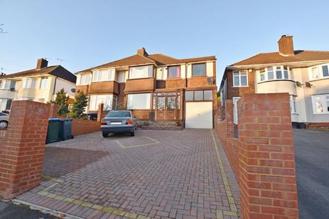 4 bedroom semi-detached house to rent - Scott Road, Birmingham