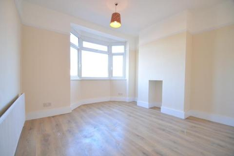 2 bedroom property to rent - Kimble Road SW19