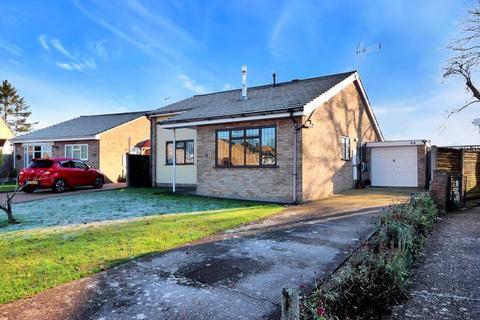 2 bedroom detached bungalow for sale - Aston Clinton