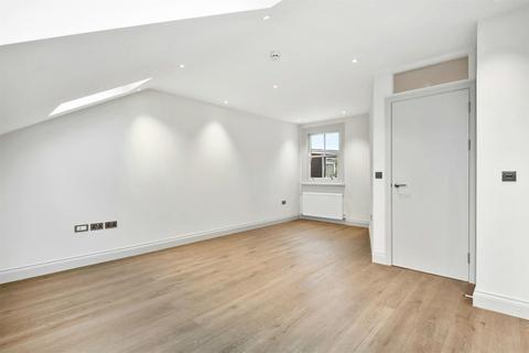 1 bedroom apartment for sale - Hillcrest Road, LONDON, W3