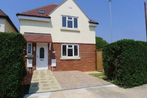 3 bedroom detached house to rent - Henderson Road, Southsea, Portsmouth