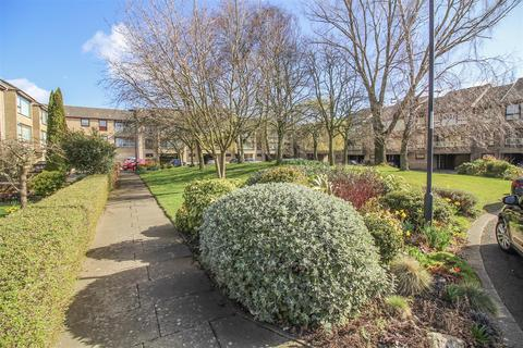 2 bedroom property for sale - Low Gosforth Court, Newcastle Upon Tyne