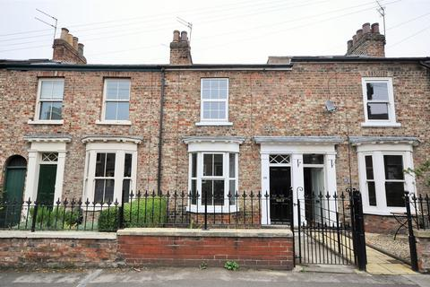 3 bedroom terraced house to rent - Alma Terrace, Fishergate, York