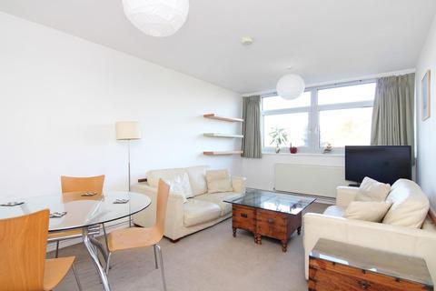 2 bedroom flat to rent - Cotman Close, London
