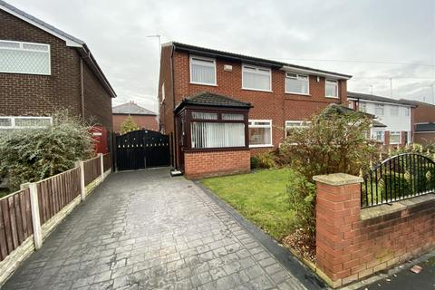 3 bedroom semi-detached house for sale - Dearham Avenue, St. Helens