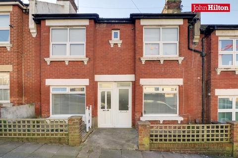 2 bedroom flat for sale - Milner Road, Brighton