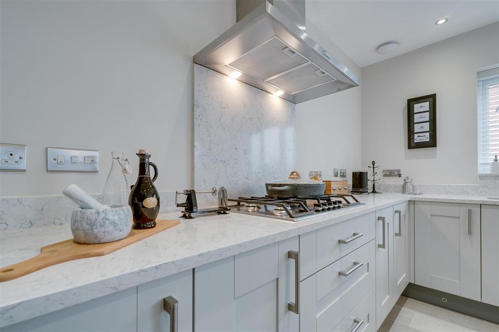 Kitchen 1.5.jpg