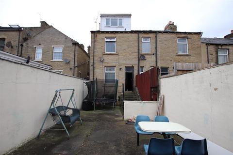 3 bedroom terraced house for sale - New Cross Street, Bradford
