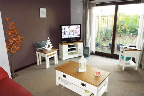 2 bedroom flat to rent - Anderby Close, Lincoln