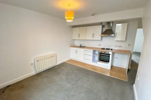 2 bedroom apartment to rent - Todmorden Road, Littleborough, Rochdale, Lancashire OL15