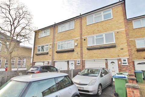 4 bedroom townhouse to rent - Trinity Place, Bexleyheath, DA6 7AY
