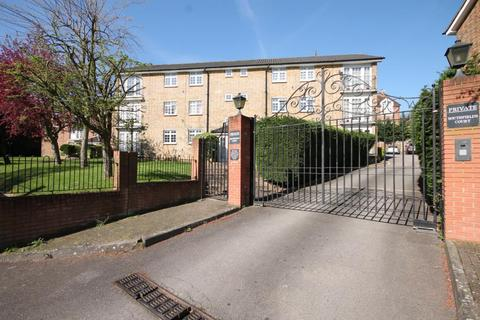 2 bedroom apartment to rent - Southfields Court, Albert Drive, London, SW19