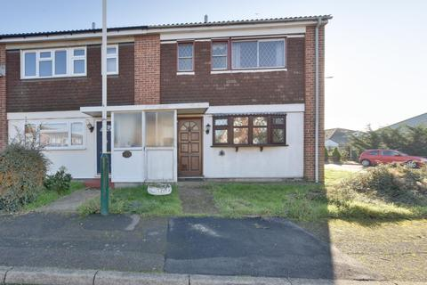 2 bedroom semi-detached house for sale - Hatherleigh Way, Harold Hill, Romford, Essex, RM3