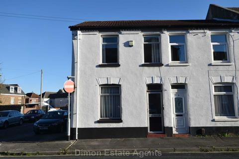 3 bedroom end of terrace house for sale - Inverness Road, Gosport