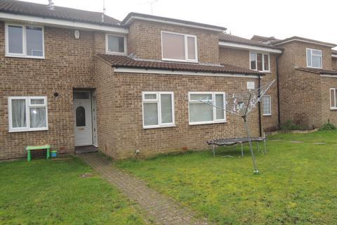 2 bedroom ground floor flat for sale - aspen gardens, parkstone, poole BH12