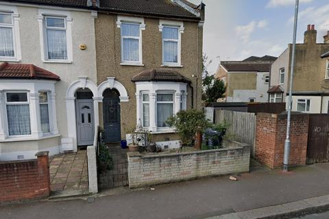 1 bedroom flat for sale - Cranborne Road, Barking, IG11