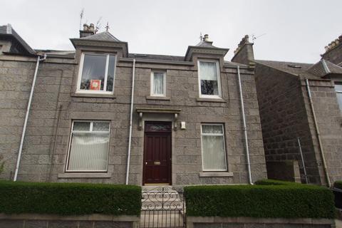 2 bedroom flat to rent - Leslie Terrace, First Floor, AB25