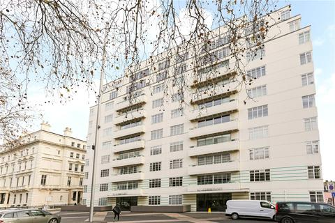 4 bedroom flat to rent - Princes Gate, London, SW7