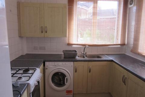 4 bedroom terraced house to rent - Richardson Road, Sandfields, Swansea.  SA1 3TQ