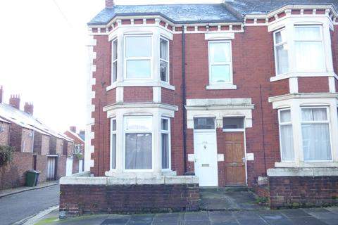 3 bedroom flat to rent - Biddlestone Road, Heaton, Newcastle upon Tyne, Tyne and Wear, NE6 5SP