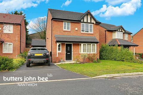 3 bedroom detached house for sale - Sandbrook Close, Shavington