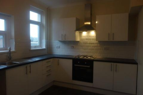 3 bedroom terraced house to rent - Thomas Street, Gilfach Goch, Tonyrefail
