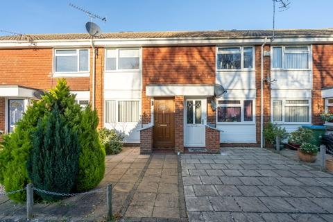 2 bedroom terraced house for sale - Ravens Way, North Meads, Bognor Regis, West Sussex. PO22 9EF