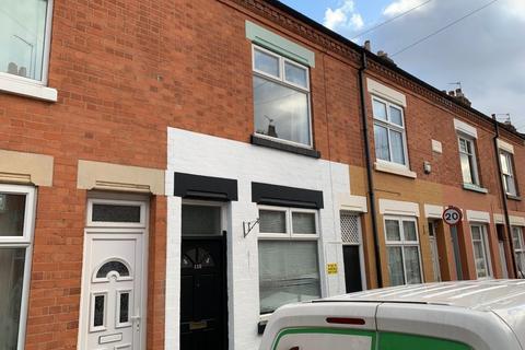 2 bedroom terraced house to rent - Dunton Street, Leicester LE3 5EN