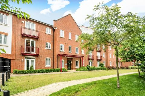 2 bedroom apartment to rent - Grand Central, Aylesbury, HP21