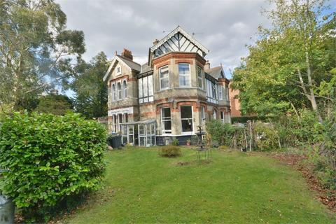 3 bedroom flat for sale - Cavendish Road, Dean Park, Bournemouth